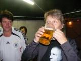 Jens: Trinkt Marion jetzt auf Ex?