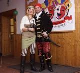 Pirat Sven mit Braut Anke
